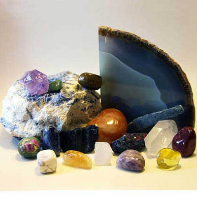 Seeds of Wellness offers a variety of gemstones including agates, amethyst, quartz, and jaspers